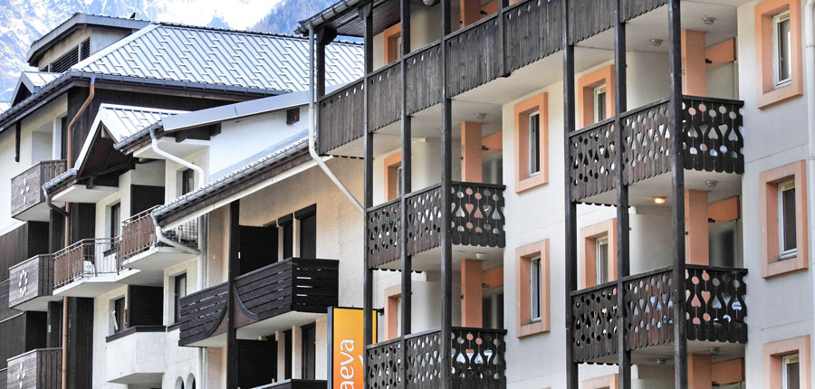 france_chamonix_residence_la_reviere_apartments_exterior3.jpg